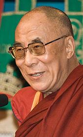 Dalai Lama 1430 Luca Galuzzi (http://www.galuzzi.it/) 2007 (crop)